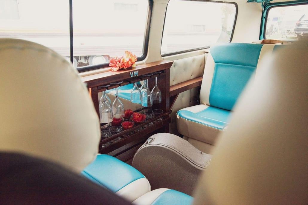 North Stradbroke Wedding Transport - Mr Entertainment