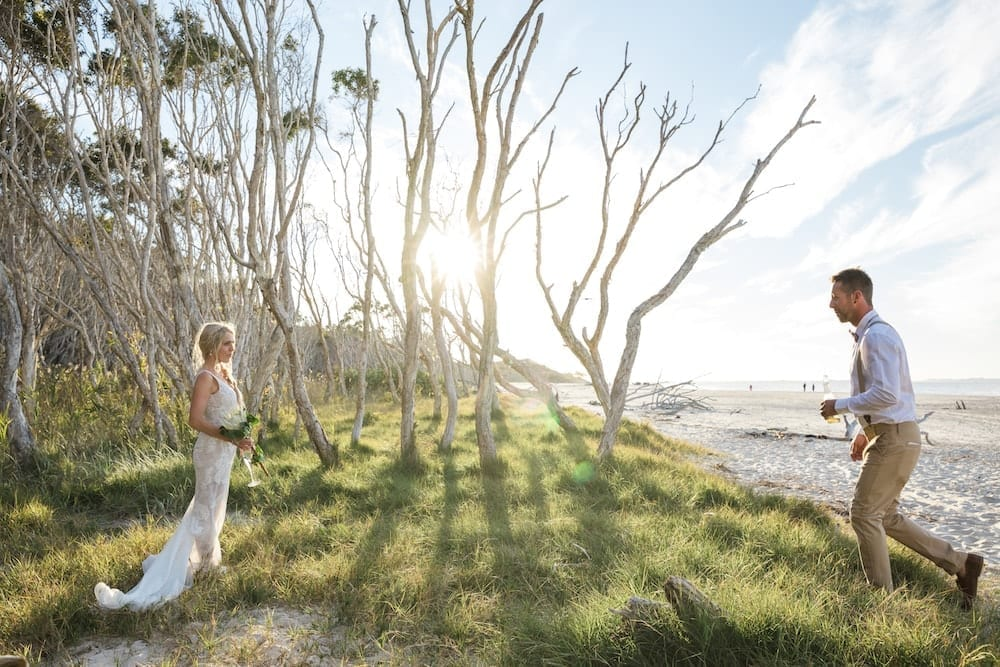 Mr Entertainment Straddie Wedding Services - Beach Weddings