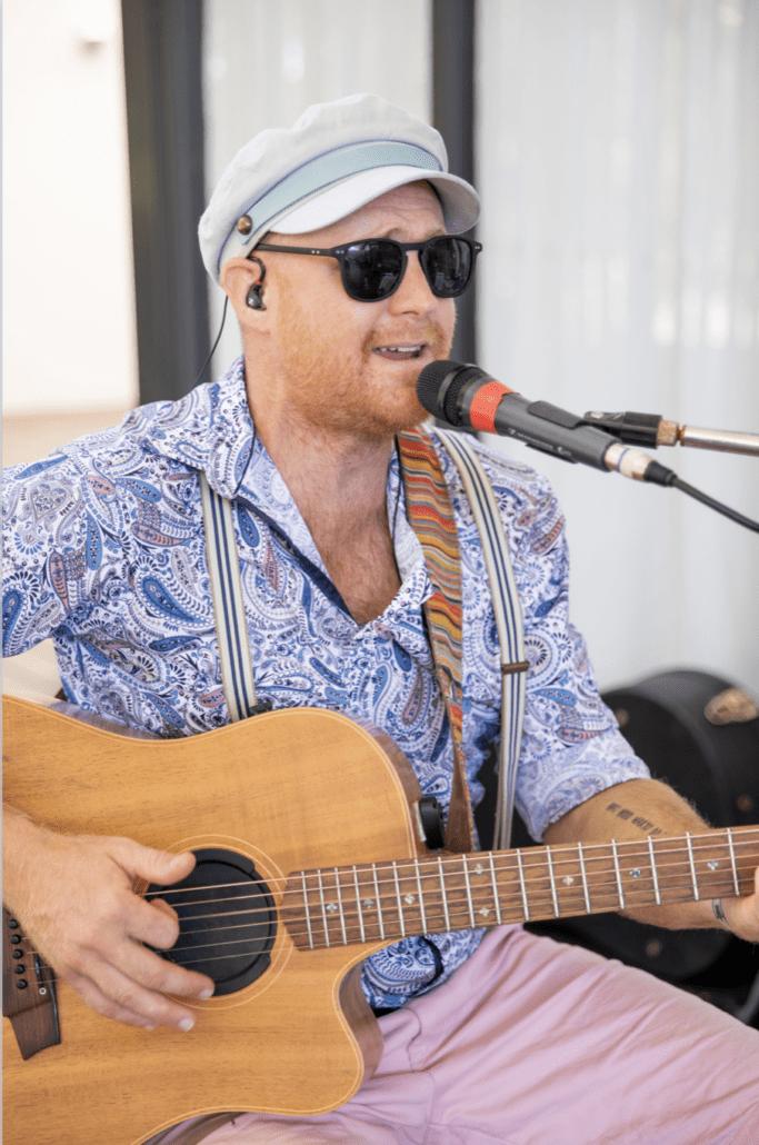 Acoustic Wedding Singer - Matty Ross
