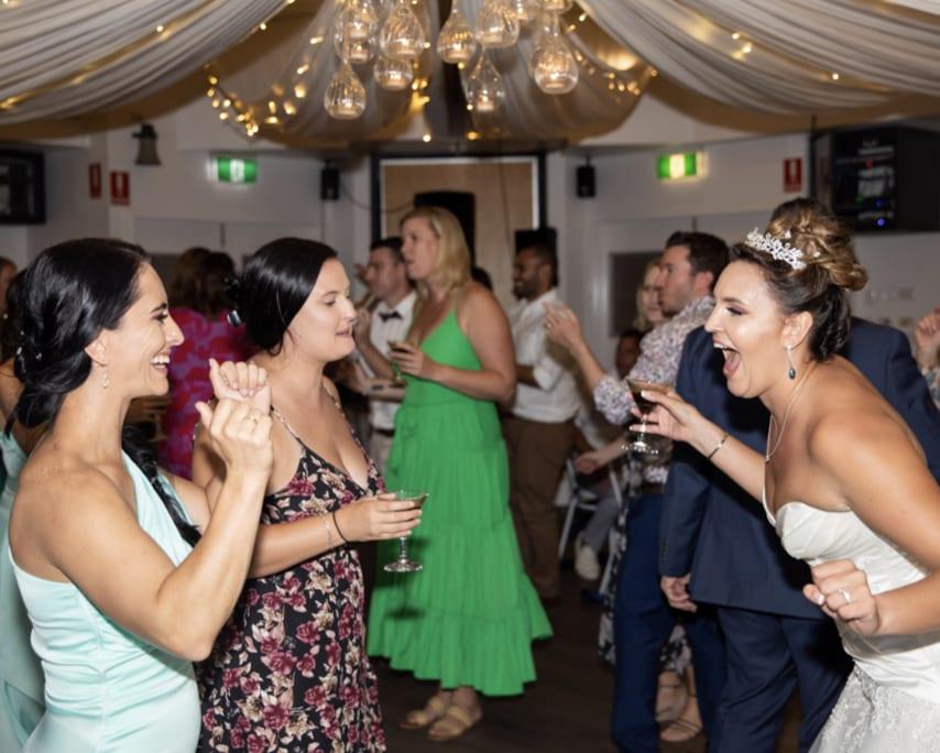Wedding DJ Hire Redlands - Mr Entertainment