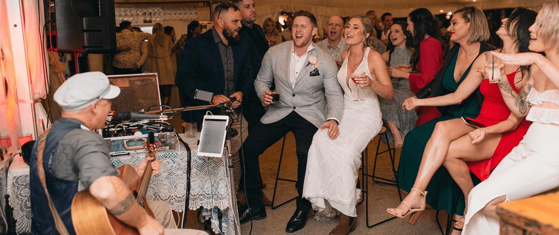Wedding Singer Brisbane - Popular Wedding Songs